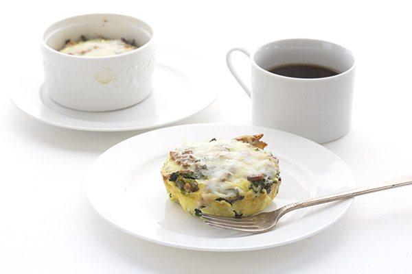 Perfect low carb keto breakfast recipe. Mini Bacon & Kale Frittatas!