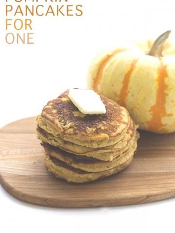 Low Carb Coconut Flour Pumpkin Pancakes for One