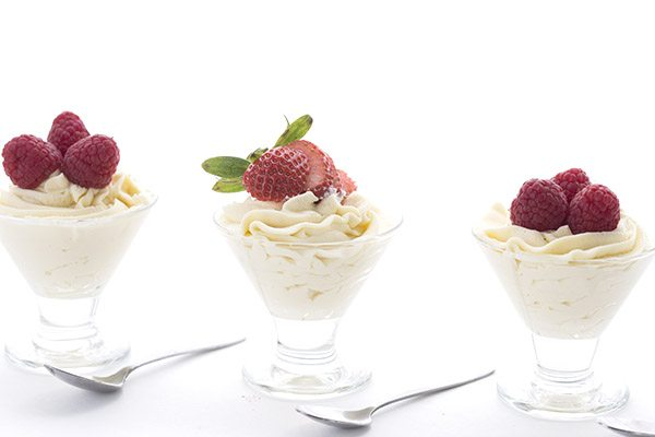 Easy keto White Chocolate Mousse Recipe