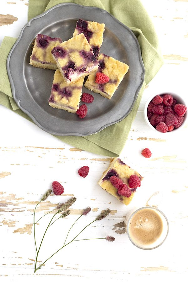 Slow Cooker Raspberry Cream Cheese Coffee Cake - low carb and sugar-free.