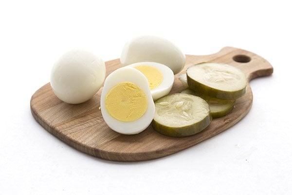 Easy pre-peeled hard boiled eggs