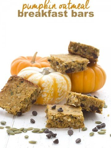 Low Carb Pumpkin Oatmeal Breakfast Bars with Chocolate Chips