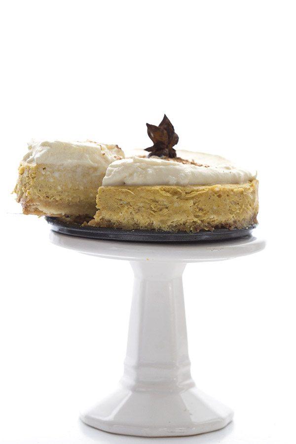 Low carb sugar-free pumpkin cheesecake