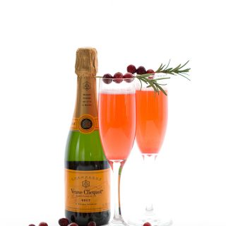 Low Carb Cranberry Champagne Cocktail Recipe