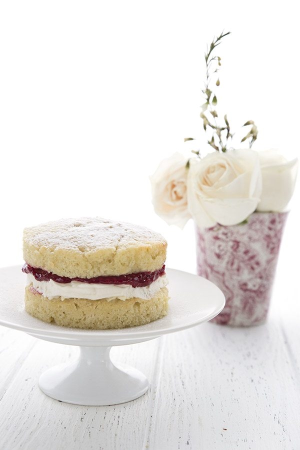 Keto Low Carb Victoria Sponge Cake Recipe
