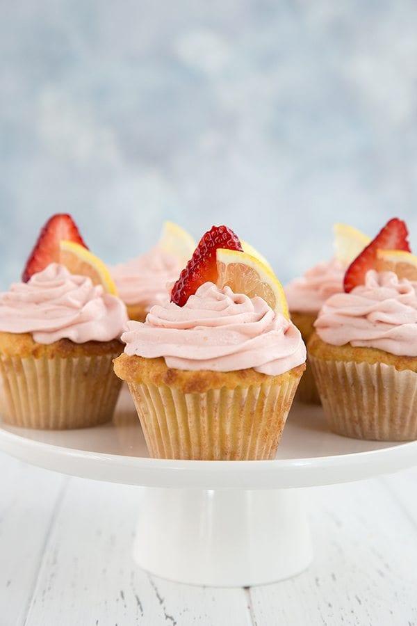 Low Carb Strawberry Lemonade Cupcakes All Day I Dream