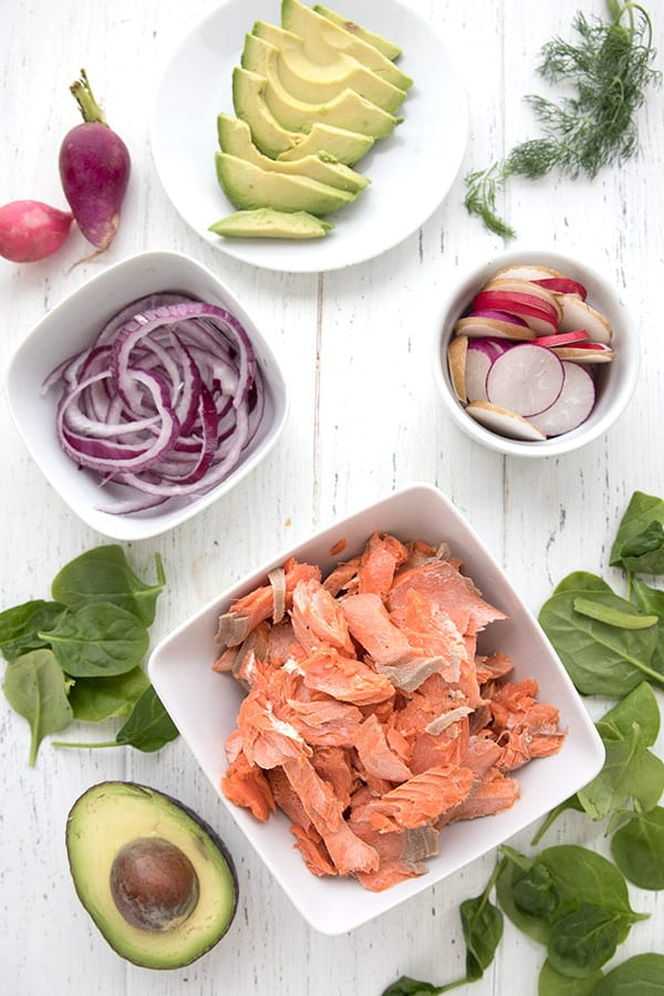 All the ingredients for a keto salmon avocado salad