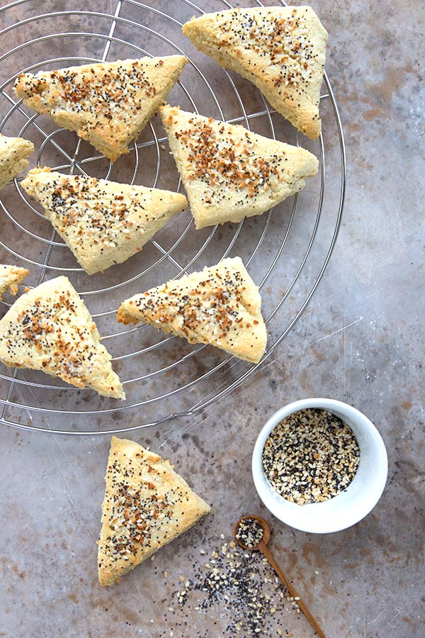 Top down photo of keto scones with everything bagel seasoning
